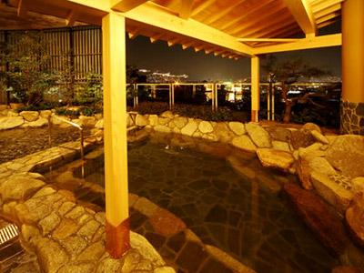 ■和風露天岩風呂